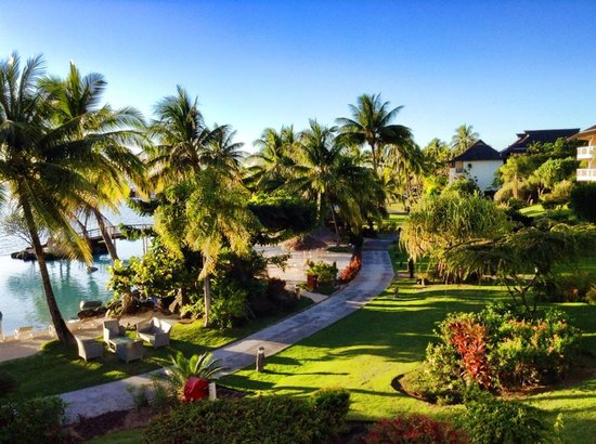 InterContinental Tahiti Resort & Spa : View of the gardens from our balcony