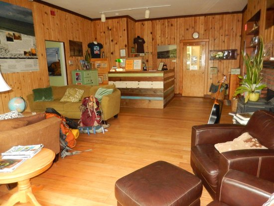 Point Reyes Hostel: Great room Pt Reyes Hostel