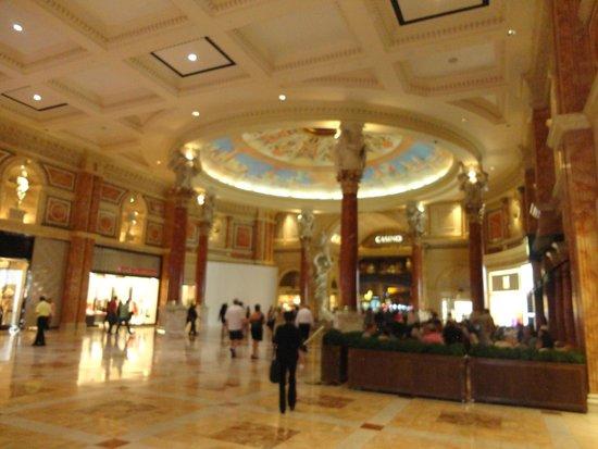 Caesars Palace: Forum Shops at Caesars
