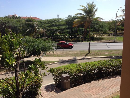 Divi Village Golf and Beach Resort: Not ocean front