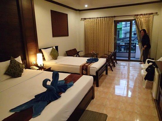 Baan Veerakit: Room