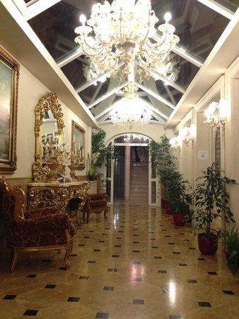 Hotel Belle Epoque: Saguão