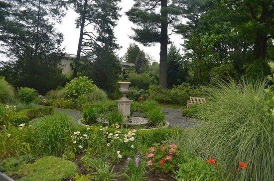 Van Vleck House & Gardens: The Garden