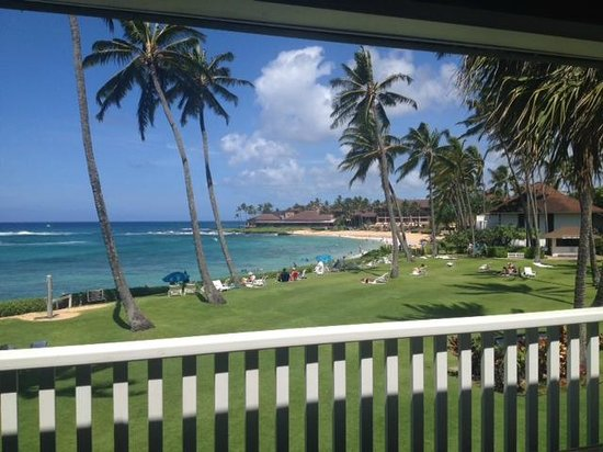 Kiahuna Plantation Resort : View from Unit #13. *Warning - not all units have ocean view.