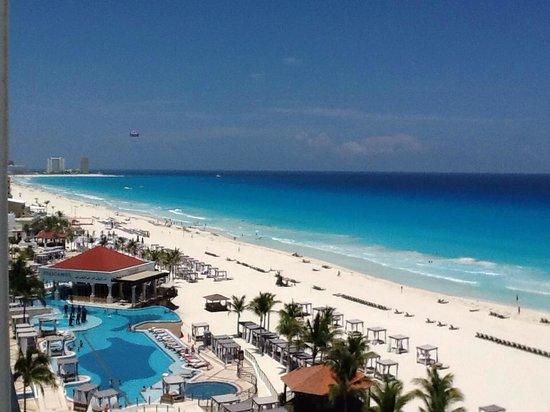 Hyatt Zilara Cancun: Vista sacada apartamento