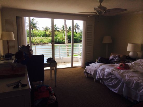 South Seas Island Resort: Newer hotel style room