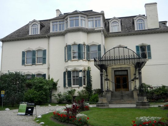 Spadina Museum: Front of the House