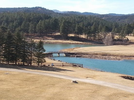 Inn of the Mountain Gods Resort & Casino: view of lake and walking trail