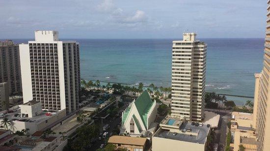 Hilton Waikiki Beach: View from elevator lobby