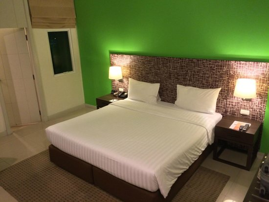 Legacy Express Sukhumvit by Compass Hospitality: Legacy Express Bedroom