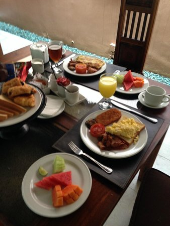 Bhavana Private Villas: breakfast-1