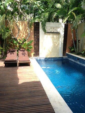 Bhavana Private Villas: private pool