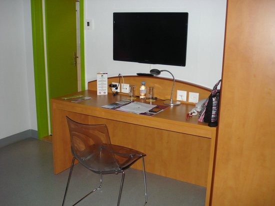 ibis Styles Luzern City: Room area