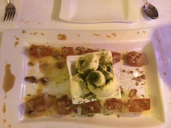 Antiochland Cafe & Restaurant: Pumpkin desert , with ice cream