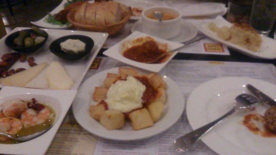 Tapas Cafe: Lots of great dishes to choose from