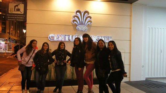 Centuria Hotel Buenos Aires : una de las fachadas del hotel