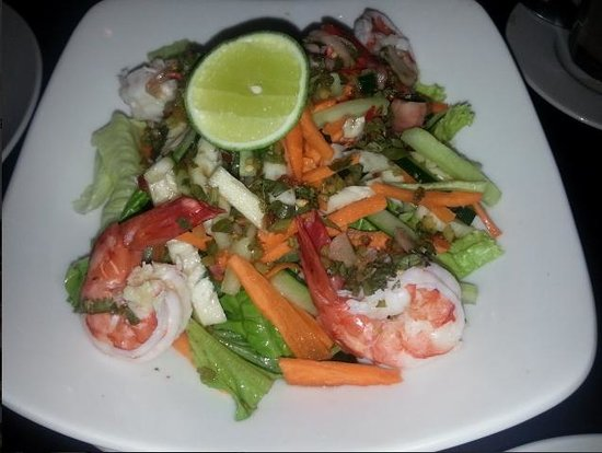 Oma Thia's Kitchen: Thai Shrimp Salad
