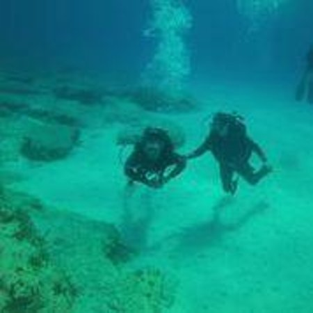 Easy Divers Cyprus: Easy Divers