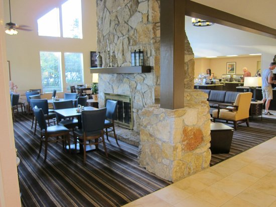 Residence Inn Seattle North/Lynnwood Everett : Lobby / Dining Area