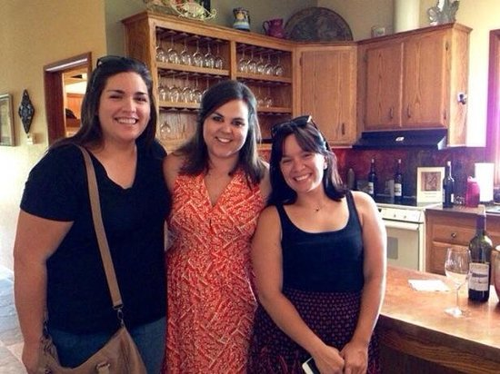 Still Waters Vineyards: My cousins and our fabulous hostess Amanda (middle). Thanks for a wonderfully memorable afternoo