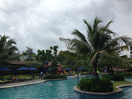 Holiday Inn Resort Krabi Ao Nang Beach : Pool access room - balcony view