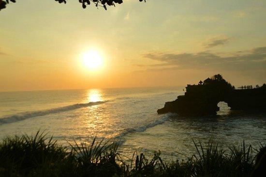 Tanah Lot Temple : sunset