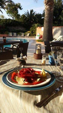Grand Hotel Corallaro : Cena a bordo piscina