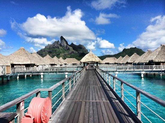 The St. Regis Bora Bora Resort : One of the extensions leading out to the villas