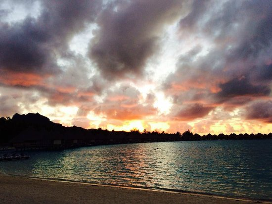 The St. Regis Bora Bora Resort: Sunset from the beach