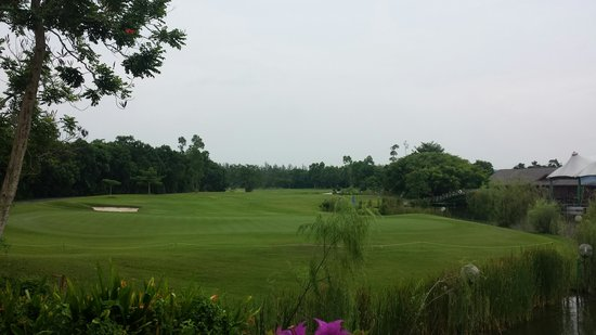 Eastwood Valley Golf & Country Club : 18th hole