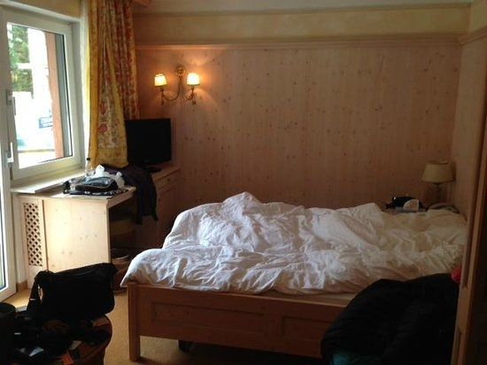 Petite chambre à coucher - Picture of Hotel La Ginabelle ...