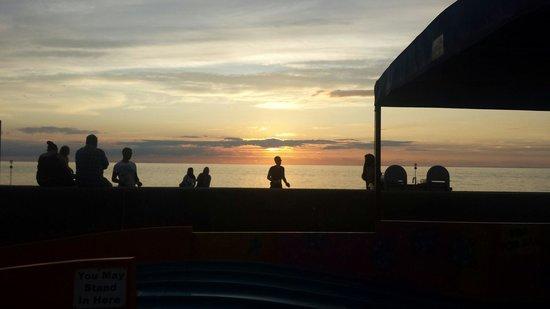 Searles Leisure Resort: Sunset from Hunstanton