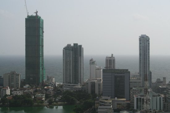 Hilton Colombo Residences : 36th floor