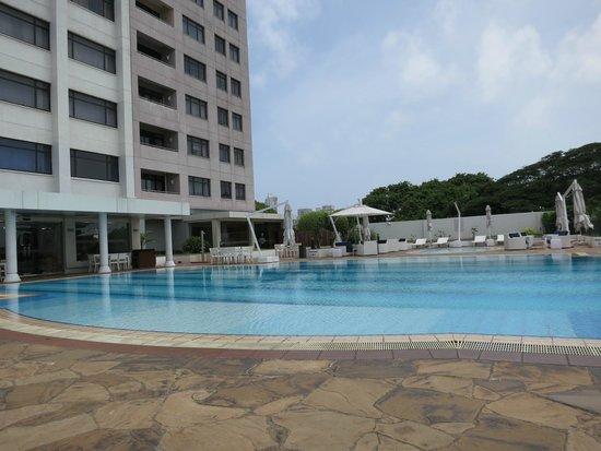 Hilton Colombo Residence: Pool