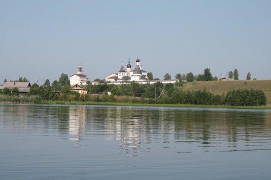Museum of Dionisy's Frescoes - Ferapontov Monastery: Озеро Спасское