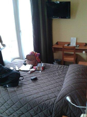 Hotel du Lion : room