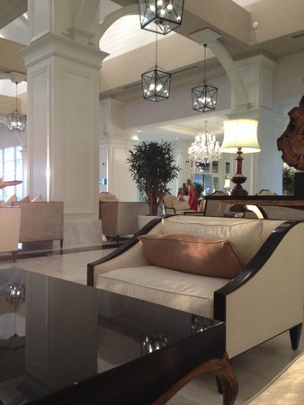 Titanic Deluxe: Reception area