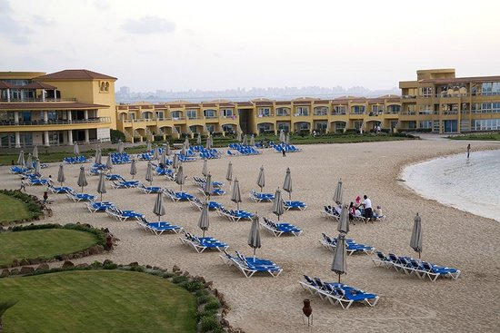 Mediterranean Azur Hotel : Beach area