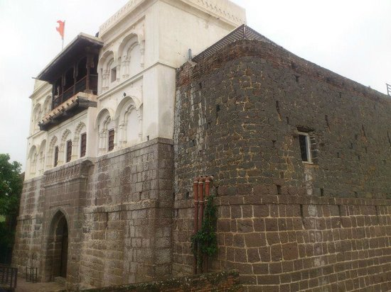 Fort JadhavGADH: The Gadh - central building