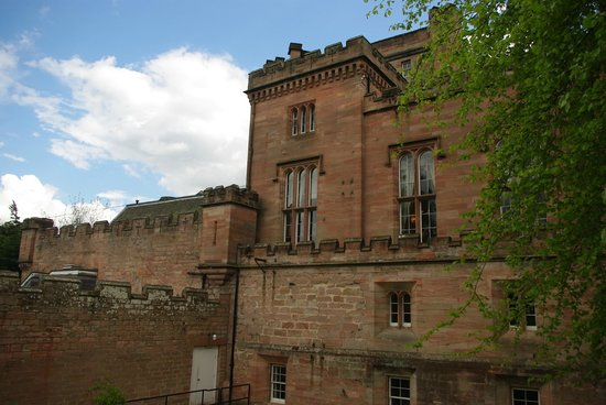 Dalhousie Castle: Outside view