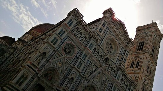 Piazza del Duomo : the beautiful doumo