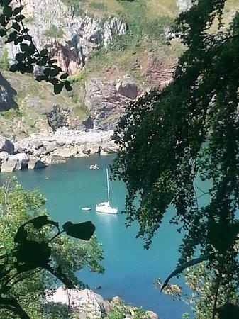 Anstey's Cove: 2