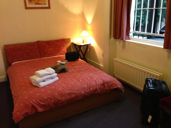 Chelsea Guest House: double room