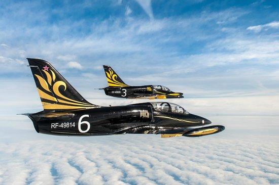 Aerobatic Team Russ