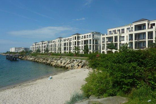 Yachthafenresidenz Hohe Düne: Hotel waterfront