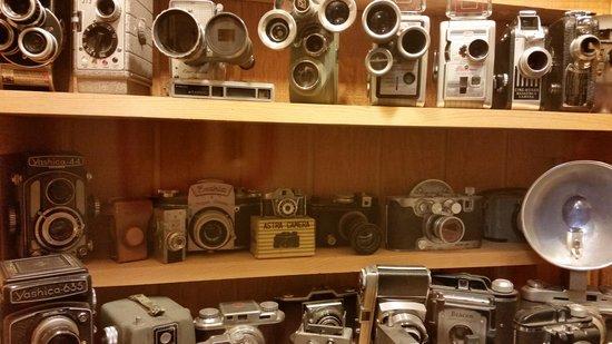 Conger Street Clock Museum: Cameras