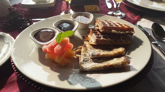 Breezes Beach Club & Spa, Zanzibar : breakfast
