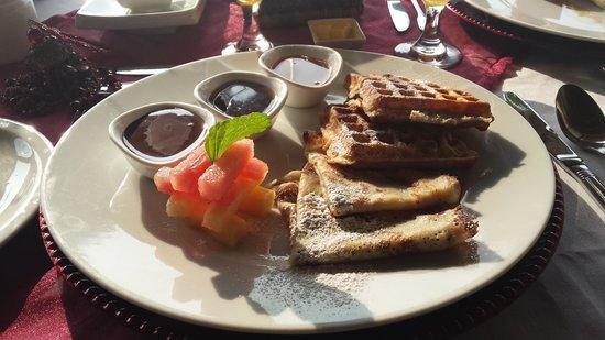Breezes Beach Club & Spa, Zanzibar: breakfast