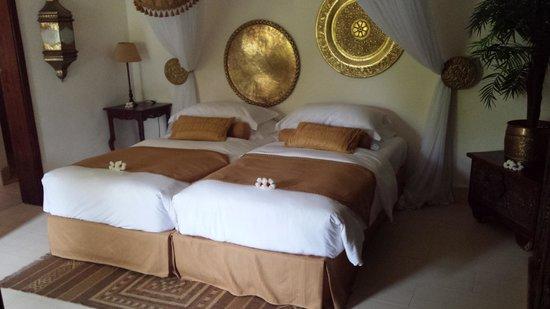 Breezes Beach Club & Spa, Zanzibar: white beaches and vast ocean