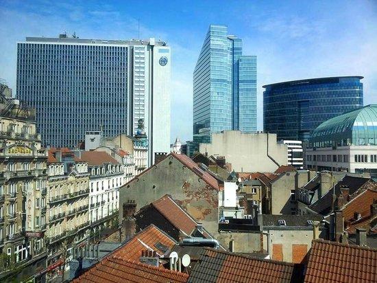 Maxhotel : jolie vue de la ville ...